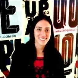 Instrutora - Carolina Serem